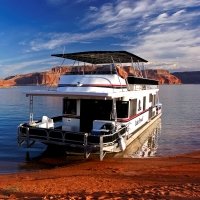 lake-powell-resort-and-marinas-az-cruise